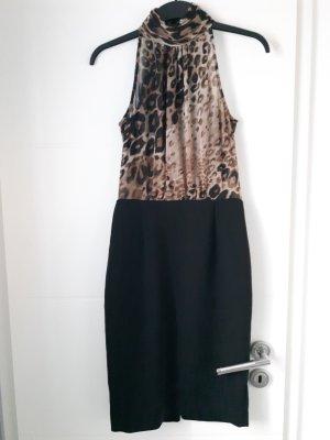 Edles Kleid mit Bluse und Bleistiftrock