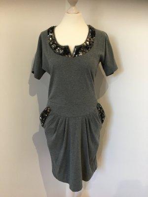 Edles Kleid mit Pailletten