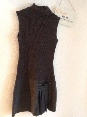 Edles Kleid von CASTRO in Gr. 38 -toll mit Longsleeve