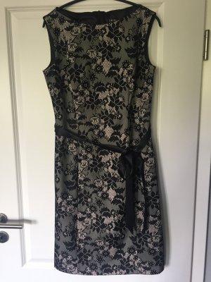 Edles Kleid von Swing