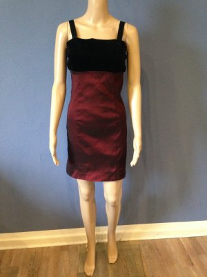 Edles Mini Kleid mit Samt