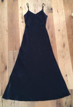 Edles schwarzes bodenlanges Kleid
