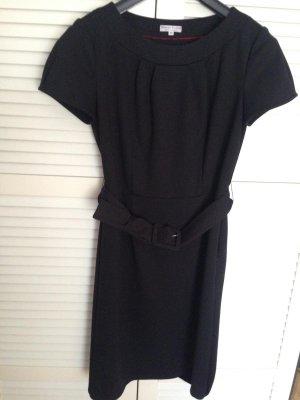 edles schwarzes Kleid von Marie Lund