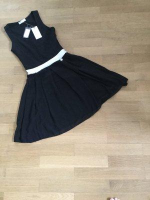 Edles Sommerkleid für heiße Tage