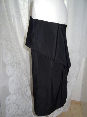 Edles und besonderes Kleid von Zara / das kleine Schwarze