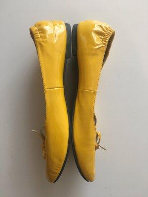 Patent Leather Ballerinas dark yellow