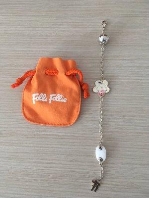 Ein Armband von Folli Follie