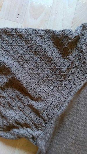 ein bequemes Wollkleid