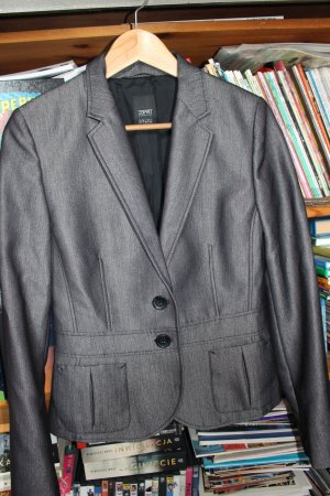 Ein Blazer von Erprit collection