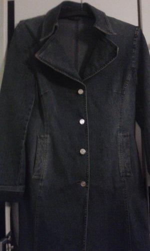 Ein Damen - Mantel