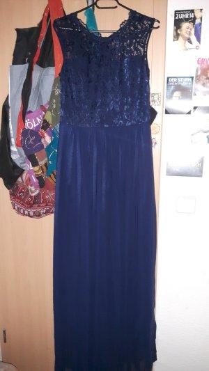 Ein festliches Kleid