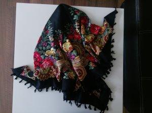 Ein gemusterter Schal