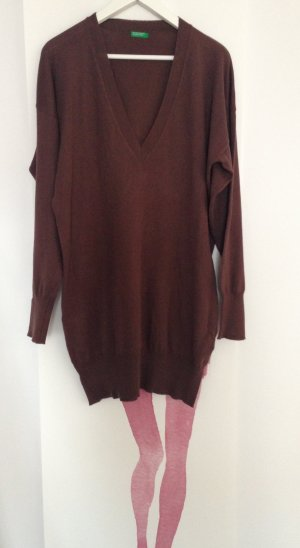 Ein langer Oversize Pullover / Strickkleid von Unites Colors of Benetton, Gr 40