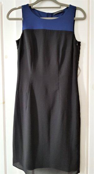 Ein schickes Kleid von ESPRIT aus Chiffon, Gr. 32/XS, Royalblau-Schwarz