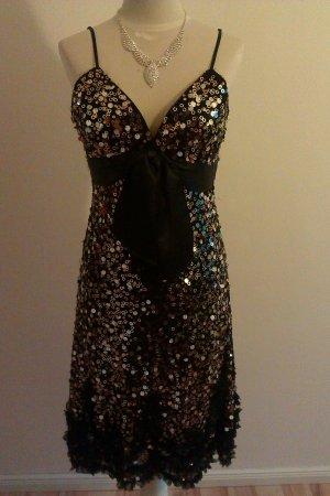 Ein schickes leicht fallendes Kleid