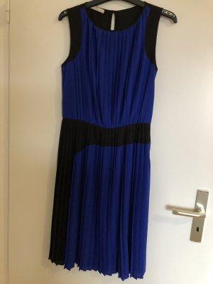 Ein schickes Sommerkleid von Stefanel in Größe 38/M, sehr neuwertig