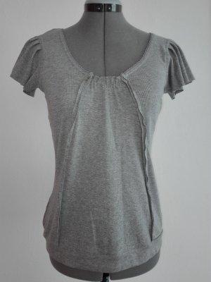 Ein schöne elastische Sommer  T-Shirt in hell grau Farbe,Baumwolle/Elasthan .