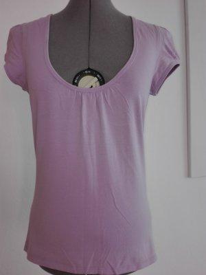 Ein schöne Sommer T-Shirt,in blasslila Farbe aus Baumwolle/ Elasthan Mischung