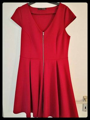 ...ein schönes Kleid