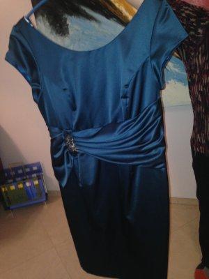 Ein schönes Kleid von Kaliko in gr.42 aus schwerem aber fallendem Material .Der