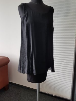 ein schönes sommerliches Top/Kleid in schwarz