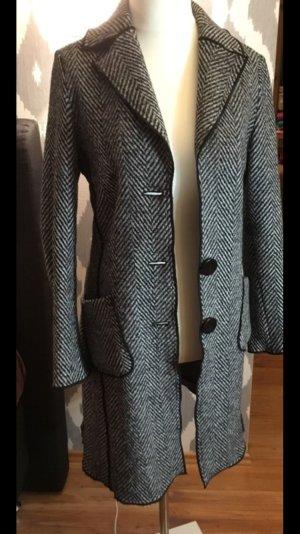 Ein sehr schöner Mantel von Faber