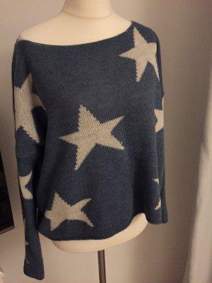 Ein sehr schöner Pullover mit Sternchen. Made in Italy.