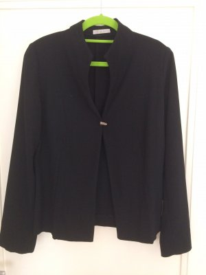 Ein stilvoller eleganter Blazer, made in Spain