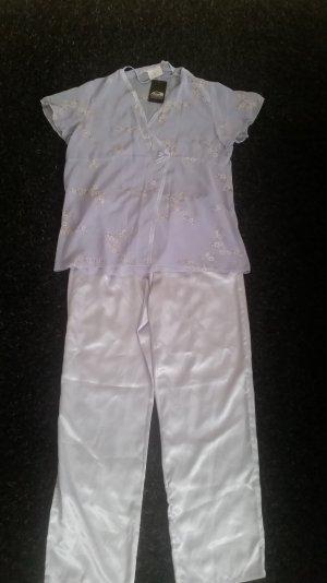 Ein süßes Schlafanzug in gr 40/42