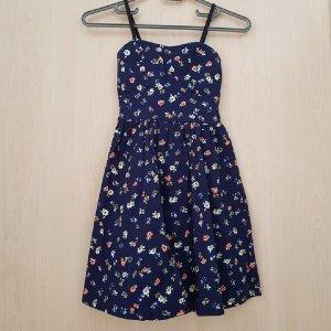 Ein süßes Sommerkleid/Babydollkleid