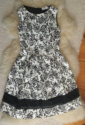 Ein super süßes Kleid- Größe 34/36-NEU Top Zustand