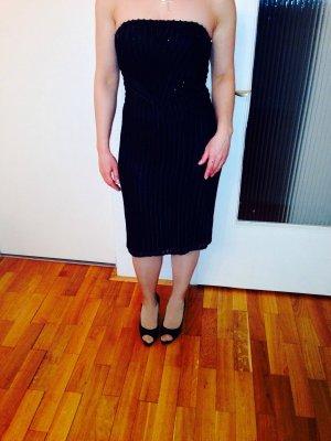 Ein tolles schwarzes pailleten Kleid von Barbara Schwarzer