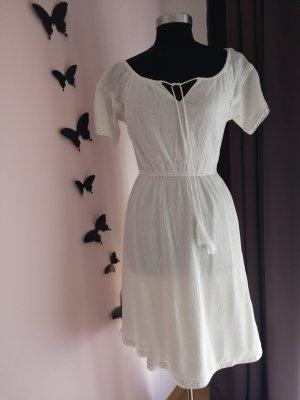 Ein tolles Sommerkleid, NEUWERTIG!!!