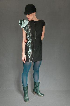 Ein Unikat! Ein sehr schickes Kleid!