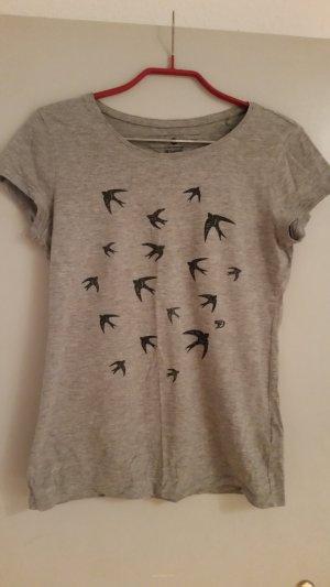 ein weiches T-Shirt von Tom Tailor