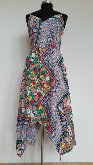 Ein wünderschönes Sommerkleid für modebewußte Frauen !!