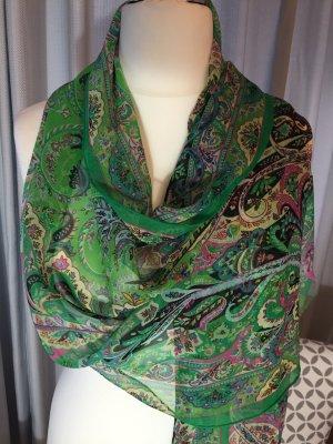 Ein wunderschöner Schal von ETRO.