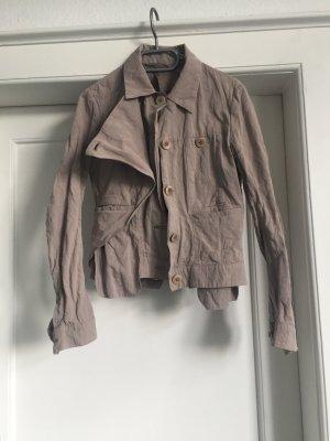 Eine Design-Jacke von STILAB
