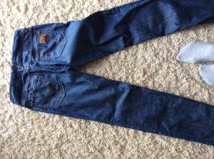 Eine dunkelblaue D&G jeans im top Zustand