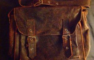 Eine einzelne Echte Leder Tasche .