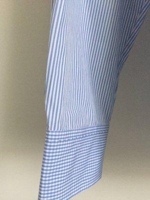 Eine Hemdbluse von van Laack