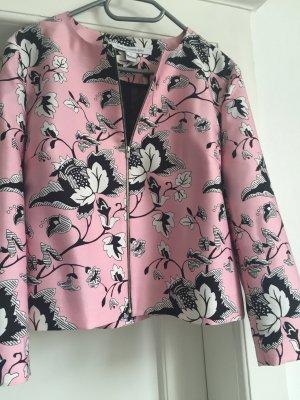 Eine Jacke von Diane von Fürstenberg