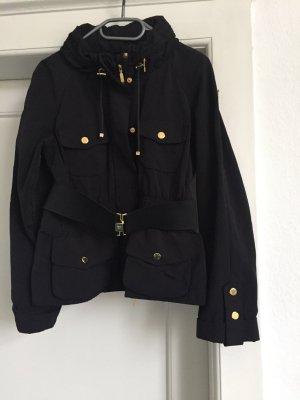 Eine Jacke von MONCLER in Gr .2
