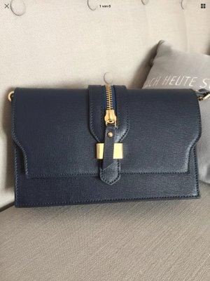 Eine kleine italienische süße Umhängetasche. Genuine Leather. Börse in Pelle . Neuwertig.
