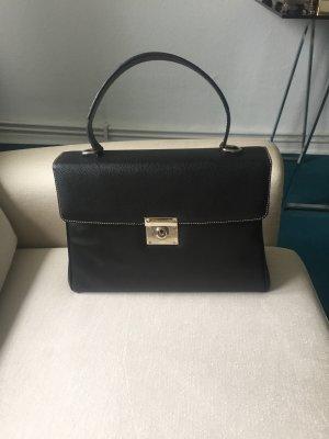866ff752867f6 Eine schwarze Ledertasche von ABRO