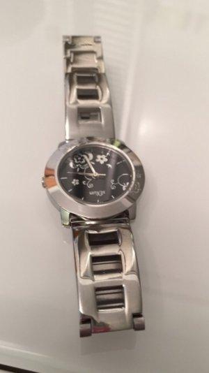 Eine sehr schöne Armbanduhr von sOliver. Neupreis 89,95€