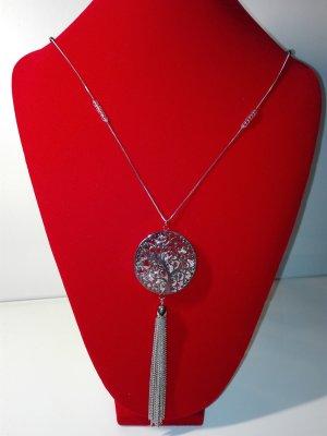 Eine wunderschöne,elegante Halskette,in Metall-Silber Optik,Lebensbaum Anhänger