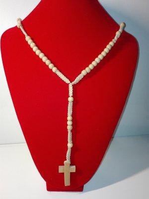 Eine wunderschöne Halskette azs Holz ,geflechtet mit kreuz Anhänger