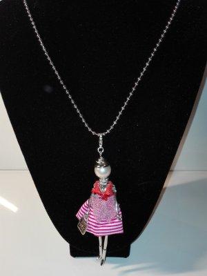 Eine wunderschöne stilvoller,lange,Halskette,mit kreativen Anhänger