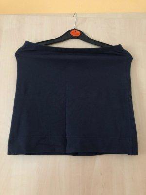 Einfacher dunkelblauer Schlauchrock